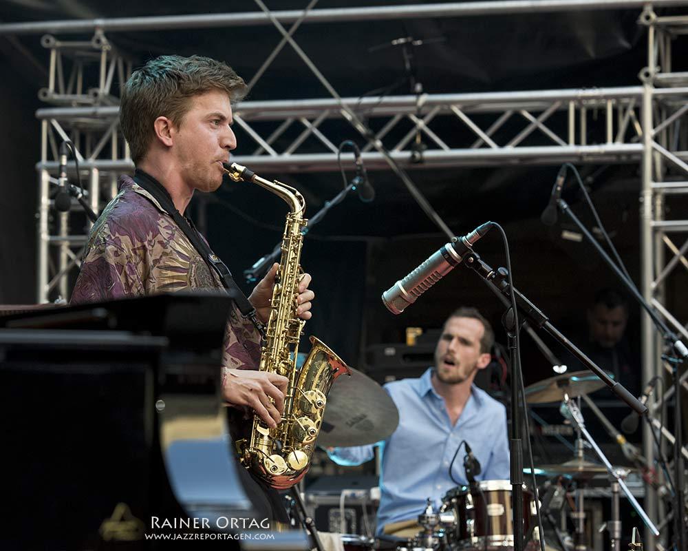 Adrien Brandeis Quintet bei der jazzopen Stuttgart 2019 im Alten Schloß