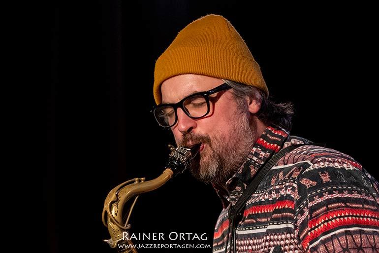 Sandi Kuhn mit Quartett - Livestream-Konzert des Jazzclub Tübingen im Club Voltaire 2021