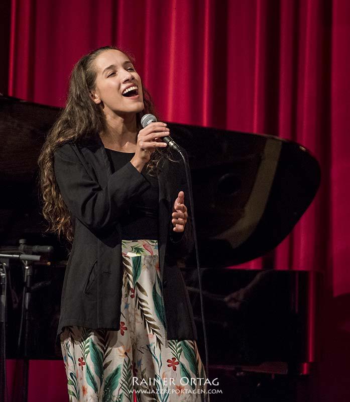 Alma Naidu bei der JazzTime Boeblingen 2020 in der Kongresshalle
