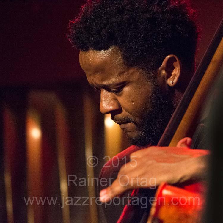 Ben Williams mit dem Ben Williams Quintet im Jazzclub Bix Stuttgart 2015