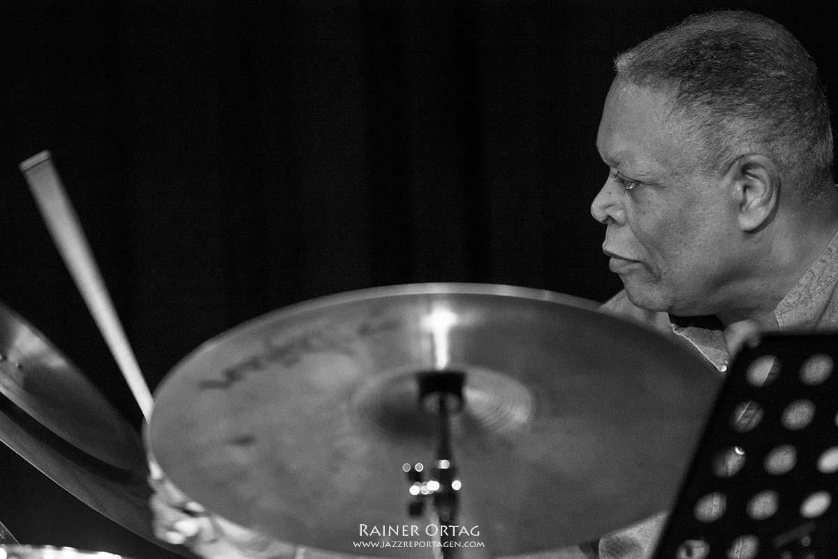 Billy Hart mit dem Jesse Davis - Martin Zenker Quartet im Jazzclub Unterfahrt München 2015