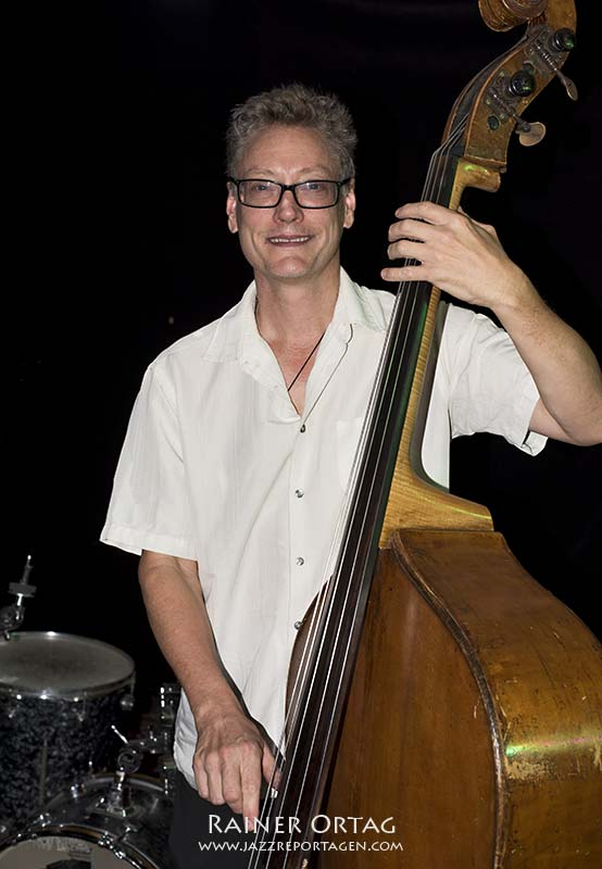 Doug Weiss mit dem Peter Bernstein Quartet im Pappelgarten Reutlingen