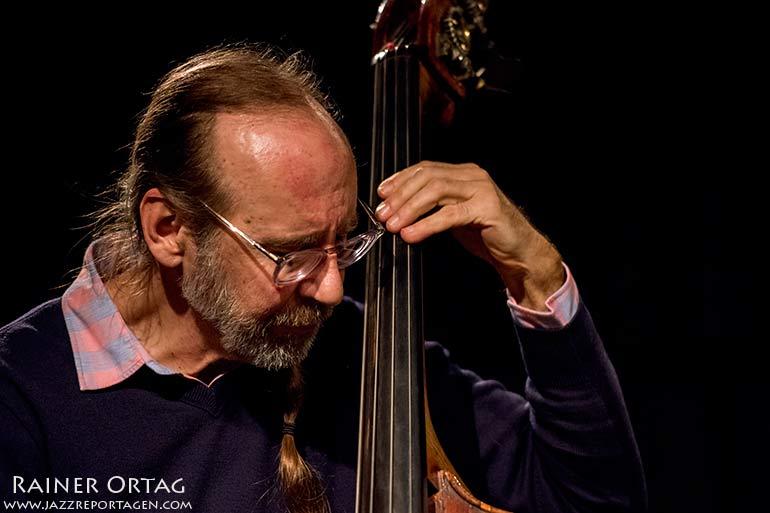 Drew Gress mit dem Marc Copland Trio in der Dieselstrasse Esslingen 2020