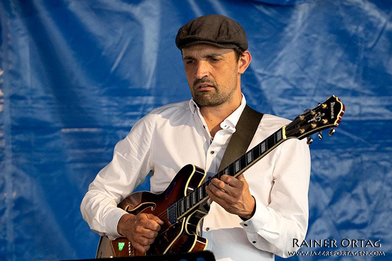 Fabiano Pereira mit dem Barbara Dennerlein Trio im Kulturzelt Sindelfingen 2021