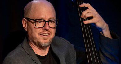 Jens Loh mit dem Sandi Kuhn Quartett beim Jazzclub Tübingen im Club Voltaire 2021