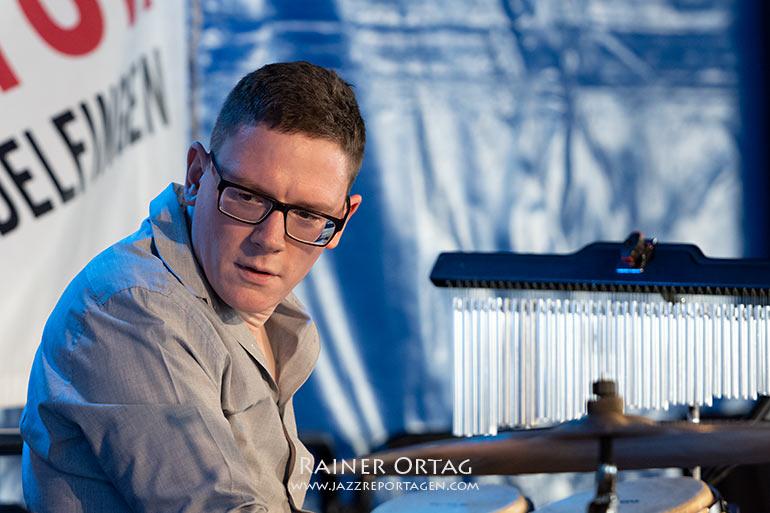 Marcel Gustke mit dem Barbara Dennerlein Trio im Kulturzelt Sindelfingen 2021