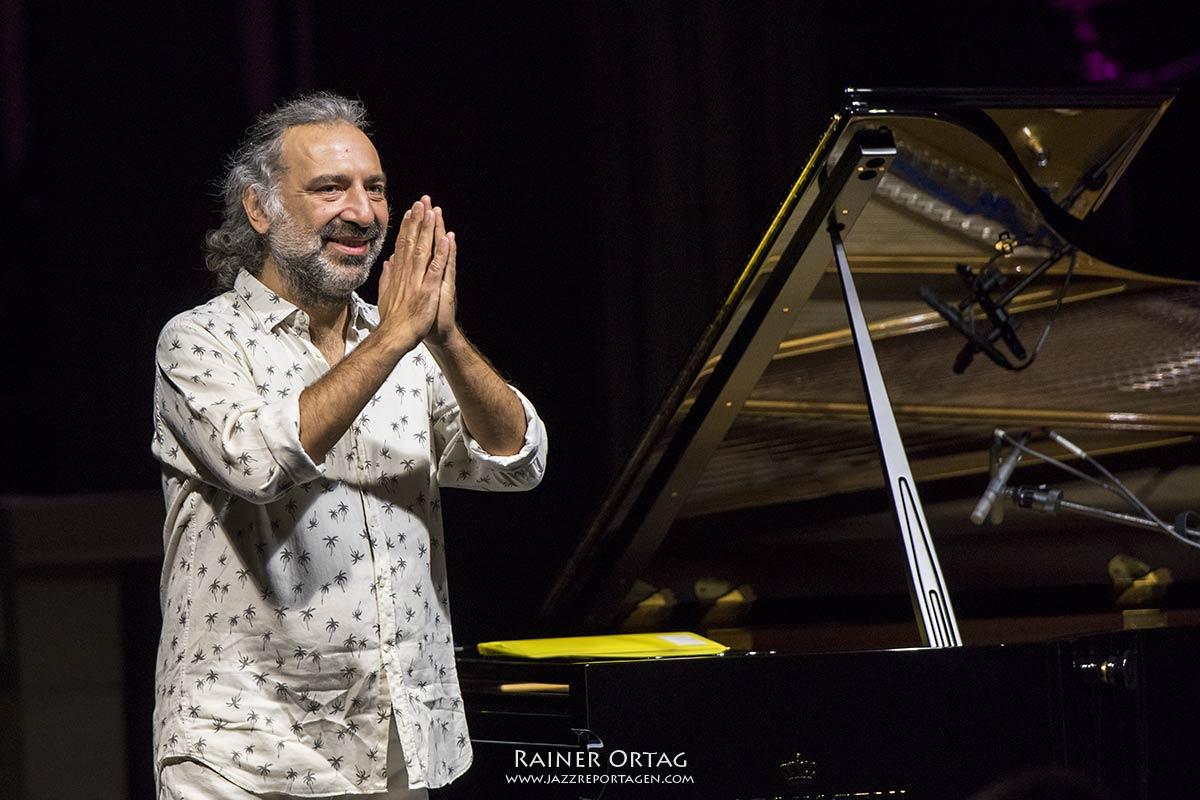 Stefano Bollani beim Jazzfestival Esslingen 2020 - Jazzreportagen.com