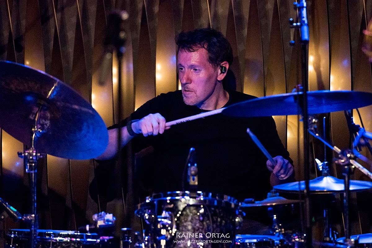 Zach Danziger mit Donny McCaslin bei der jazzopen Stuttgart im Jazzclub Bix 2019