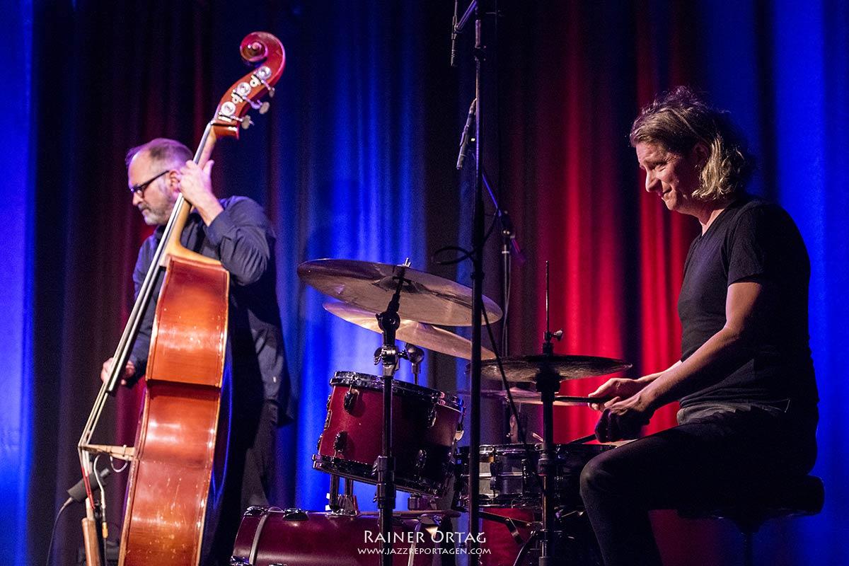 Anke Helfrich Trio im Komma Esslingen 2020