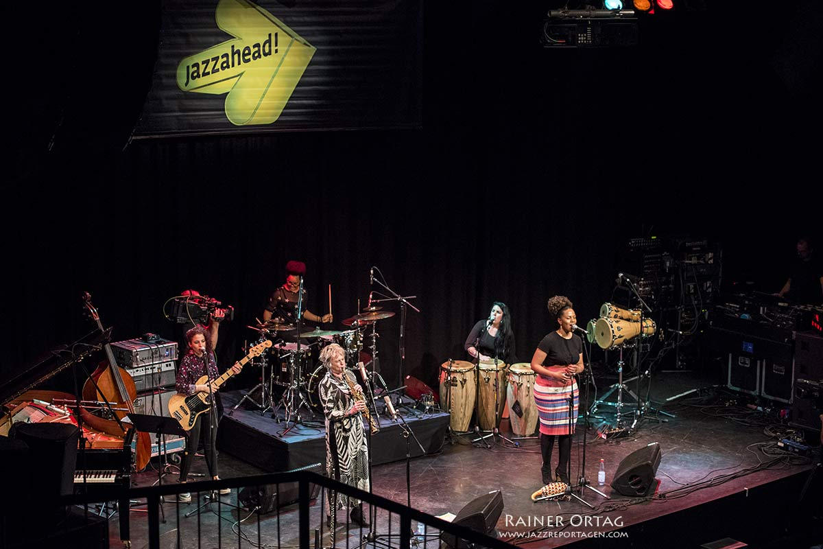 Jane Bunnett & Maqueque bei der Overseas Night der Jazzahead! 2019