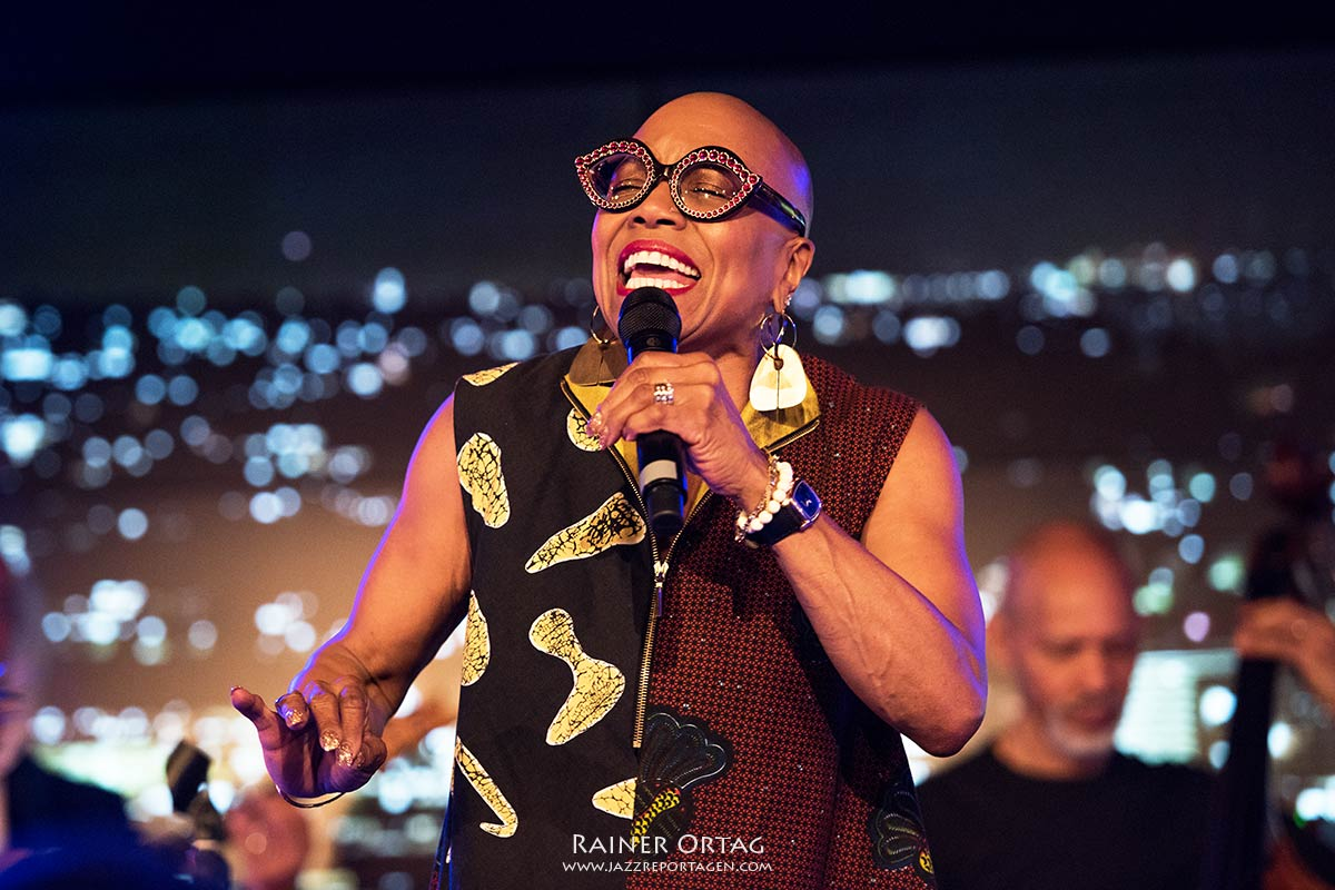 jazzopen Stuttgart 2019 German Jazz Trophy an Dee Dee Bridgewater