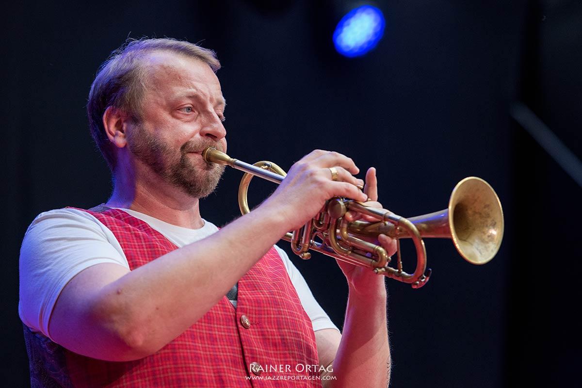 Mnozil Brass bei der jazzopen Stuttgart 2019